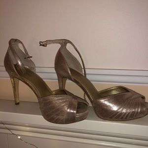 PAPELL Studio Heels (champagne)ONLY WORN TWICE